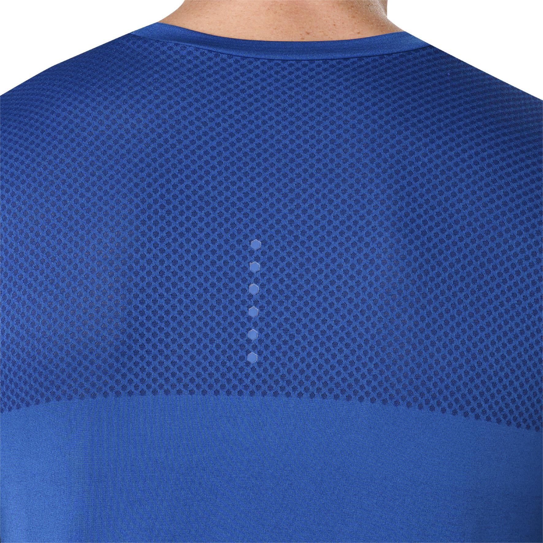 d31c346f3d87 asics fuzeX Seamless Running T-shirt Men blue at Bikester.co.uk